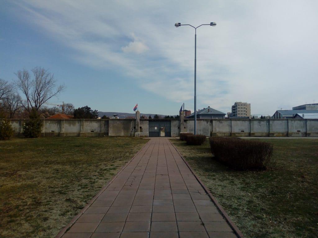 Vstup do koncentračného tábora v Niši