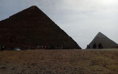 A pyramídy sa vysmiali času